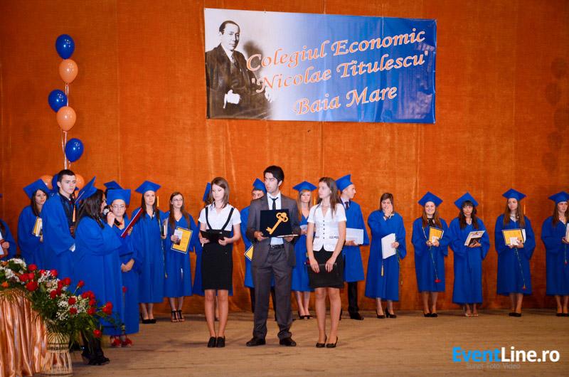 Absolvire Colegiul Economic Nicolae Titulescu Baia Mare 05