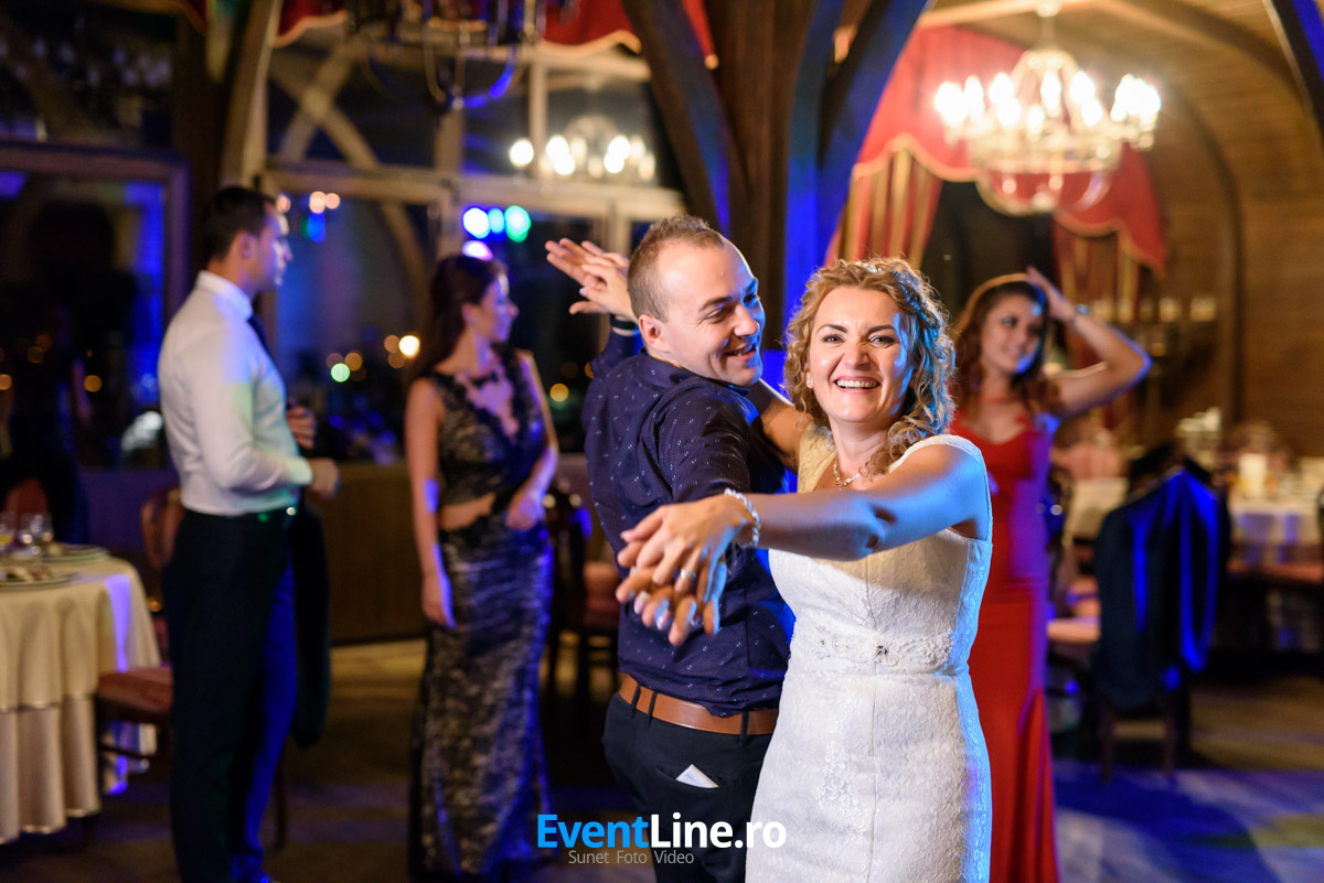 Foto video nunta Castel Transilvania Baia Mare 32