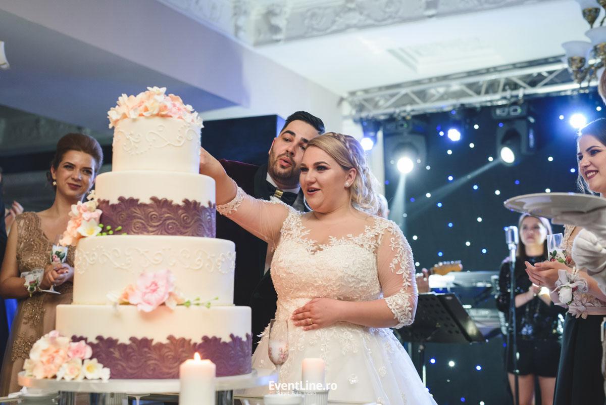 Tortul Mirilor si DJ nunta 49