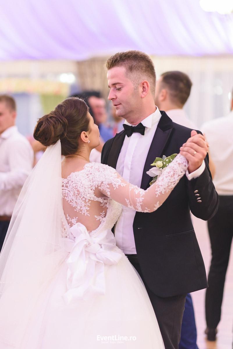 Sala maxim targu lapus, foto video nunta 41