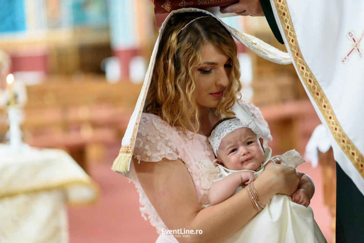 fotografie cu mama la botez