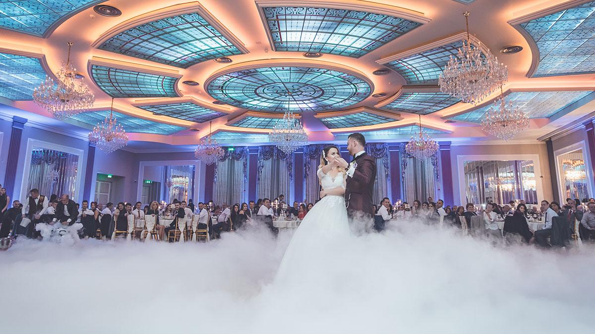 Nunta Romanita Diamond. DJ nunta, fotograf nunta, filmare nunta Restaurant Romanita.