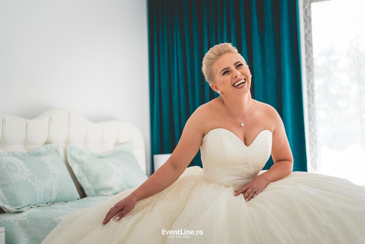 mireasa fericita, fotograf nunta